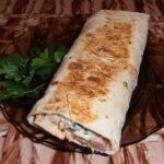 Самый вкусный рецепт кухни Ближнего Востока – шаурма.