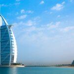В какое время года лучше всего ехать в Арабские Эмираты.